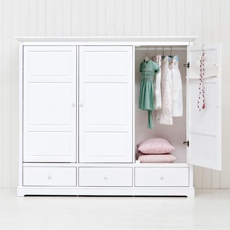 Oliver Furniture Barngarderob med tre dörrar H152