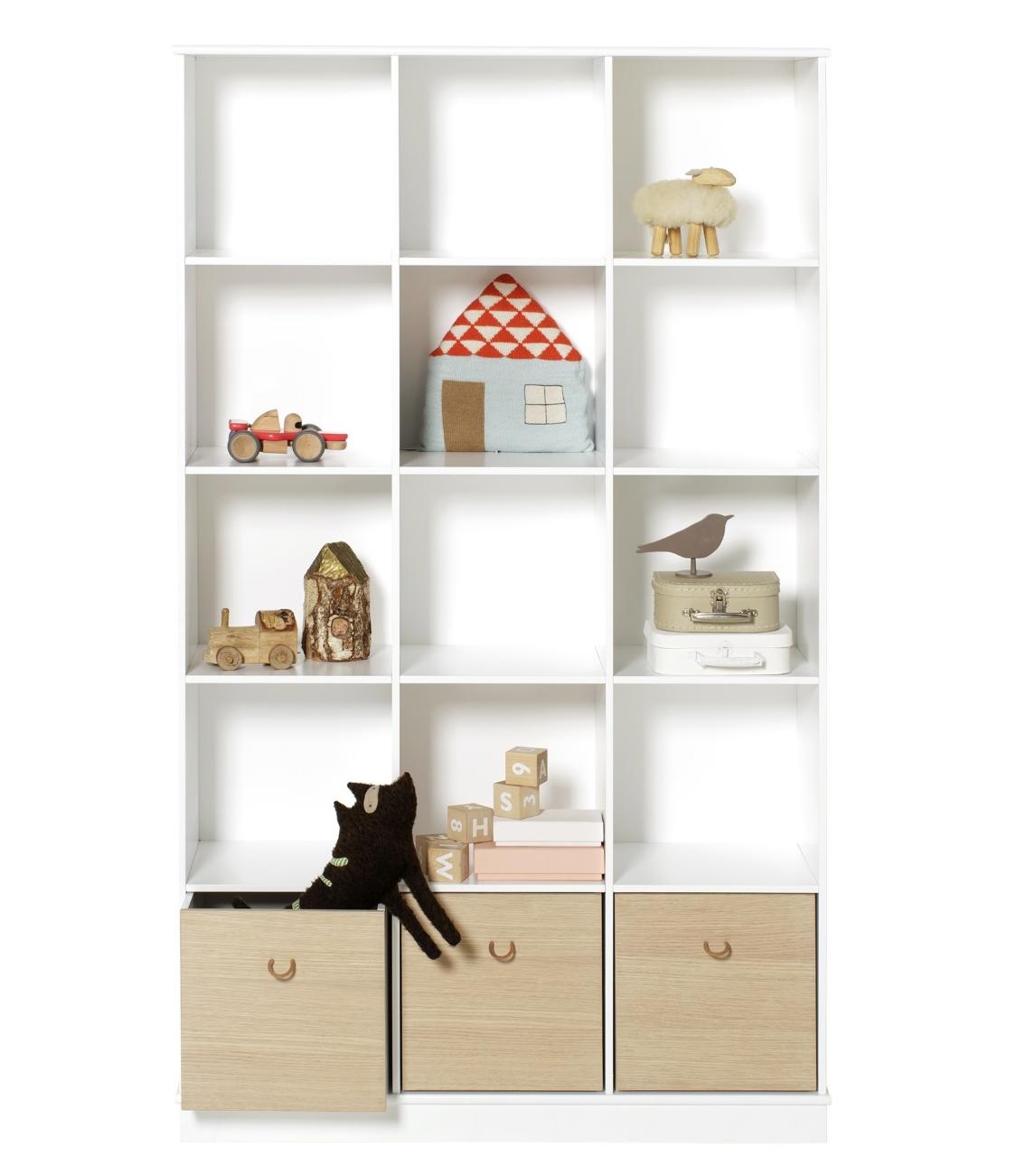 Wood hylla vertikal 3 x 5 sockel Oliver Furniture