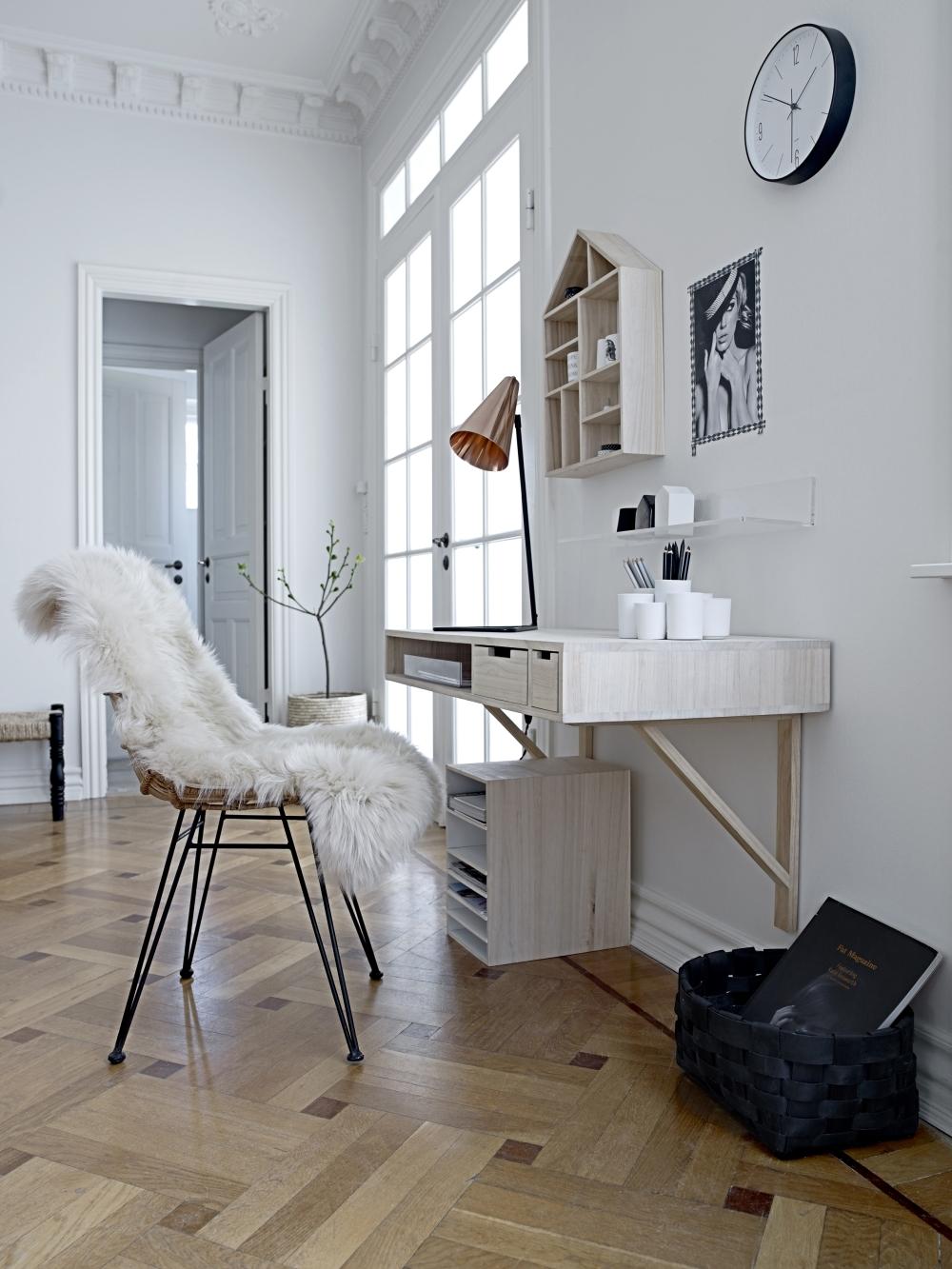 v ggh ngt skrivbord bloomingville. Black Bedroom Furniture Sets. Home Design Ideas