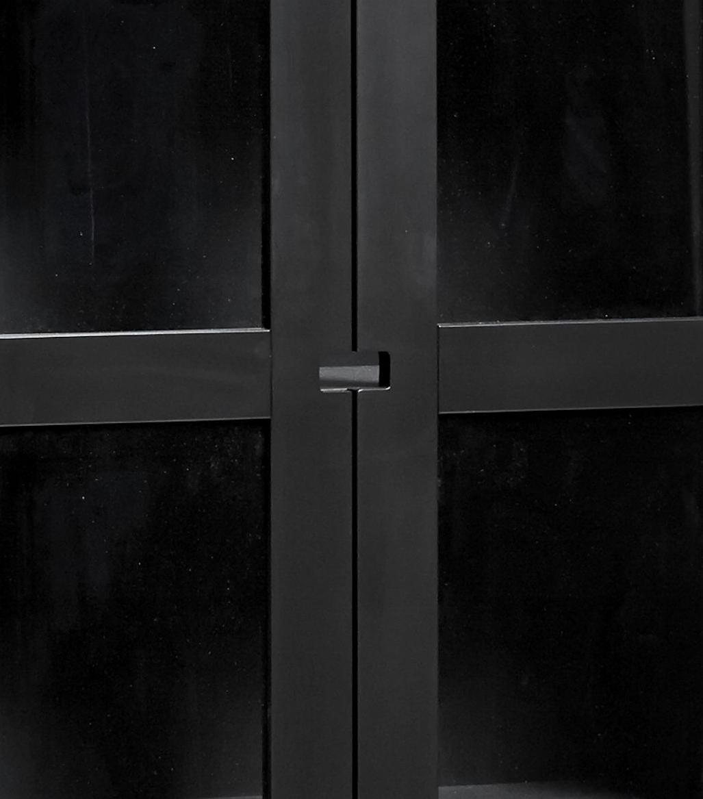 Falsterbo vitrinskåp 200 cm svart Mavis