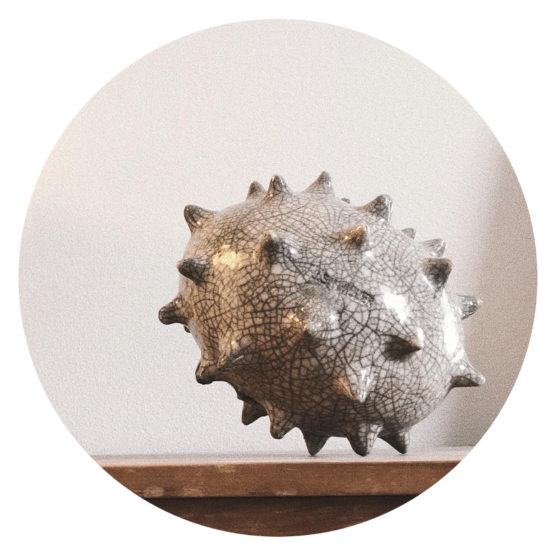 Havsborre naturvit keramik, Julia Schiller Harvey