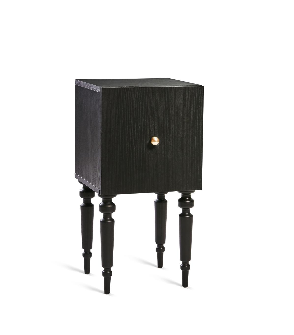 Nomad sängbord/ skåp i svart ask, Mavis