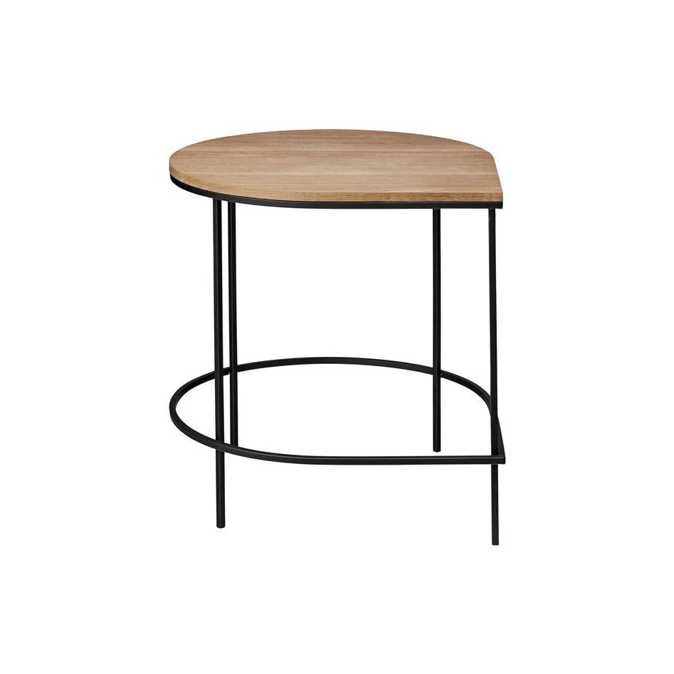 Köp Stilla bord ek AYTM från 2999 kr Roomly.se